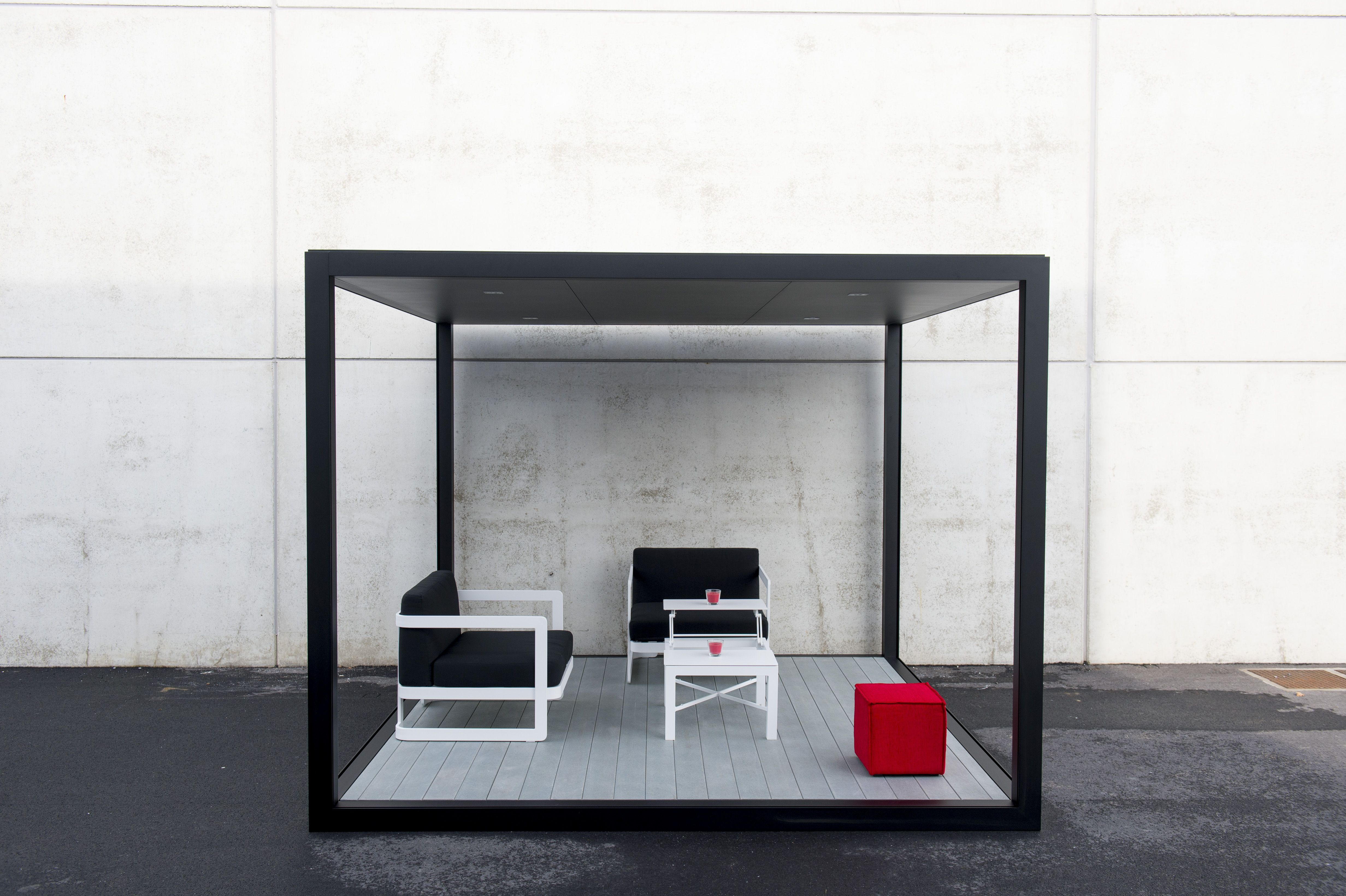 Qube Van Praet Unique Exclusive And Versatile Design Provides Extra Space Indoors Or Outdoors Can Be Used As An Office Or In The Backyard For Garden Par