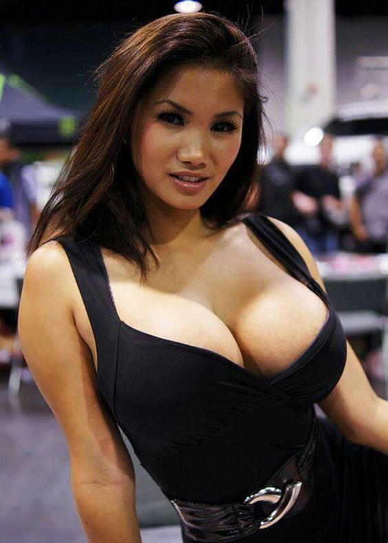 Hot Fit Asian Women