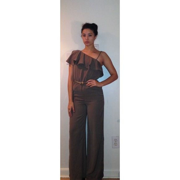 1970's Style Jumpsuit by H&M Very lightly worn (once) 1970's inspired H&M jumpsuit in hunter green. Very on trend for Fall/Winter 2015. Original belt is missing but would look very cute with a vintage gold belt. H&M Other