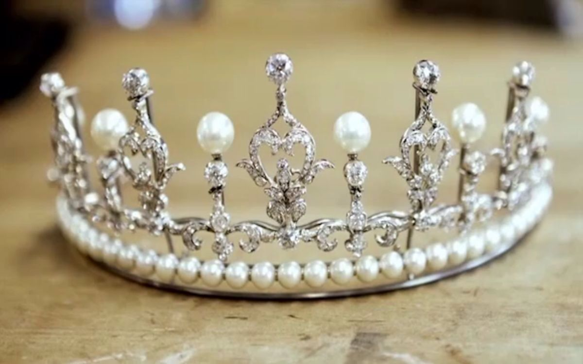 Crown Princess Mary's Wedding Tiara (pearl setting), Denmark (pearls, diamonds).