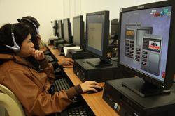 Los cursos de inglés y de cultura para el período 2013 - 1, que son ofrecidos por los Institutos de Lenguas Extranjeras y de Humanidades, se habilitarán en la plataforma de aulas virtuales desde el lunes 4 de febrero.