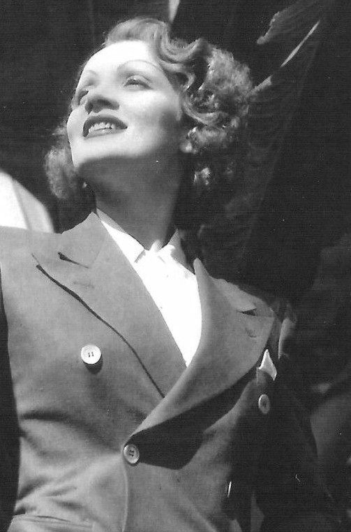 Gatabella Marlene Dietrich Classic Hollywood Golden Age Of Hollywood