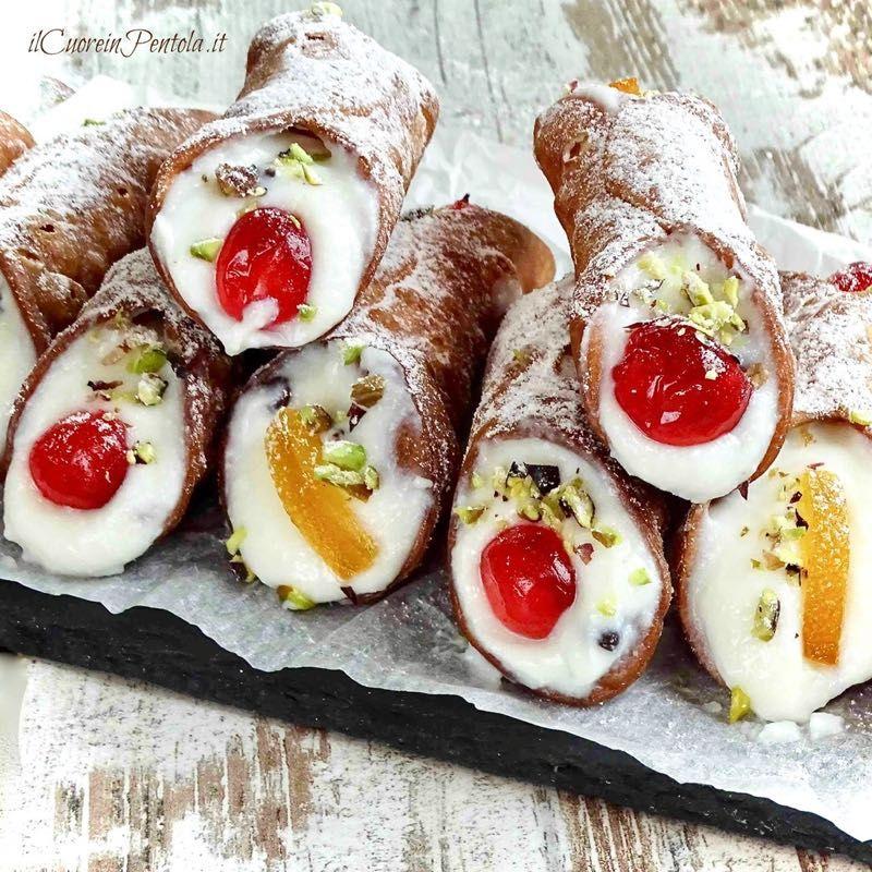Ricetta X Cannoli.Cannoli Siciliani Ricetta Originale E Trucchi Il Cuore In Pentola Ricetta Ricette Idee Alimentari Dolci Asiatici