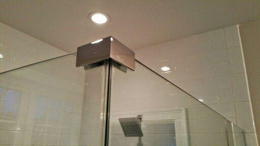 90 Degree Top Clip Used To Secure A Mitered Corner Together Shower Door Hardware Shower Doors Door Hardware