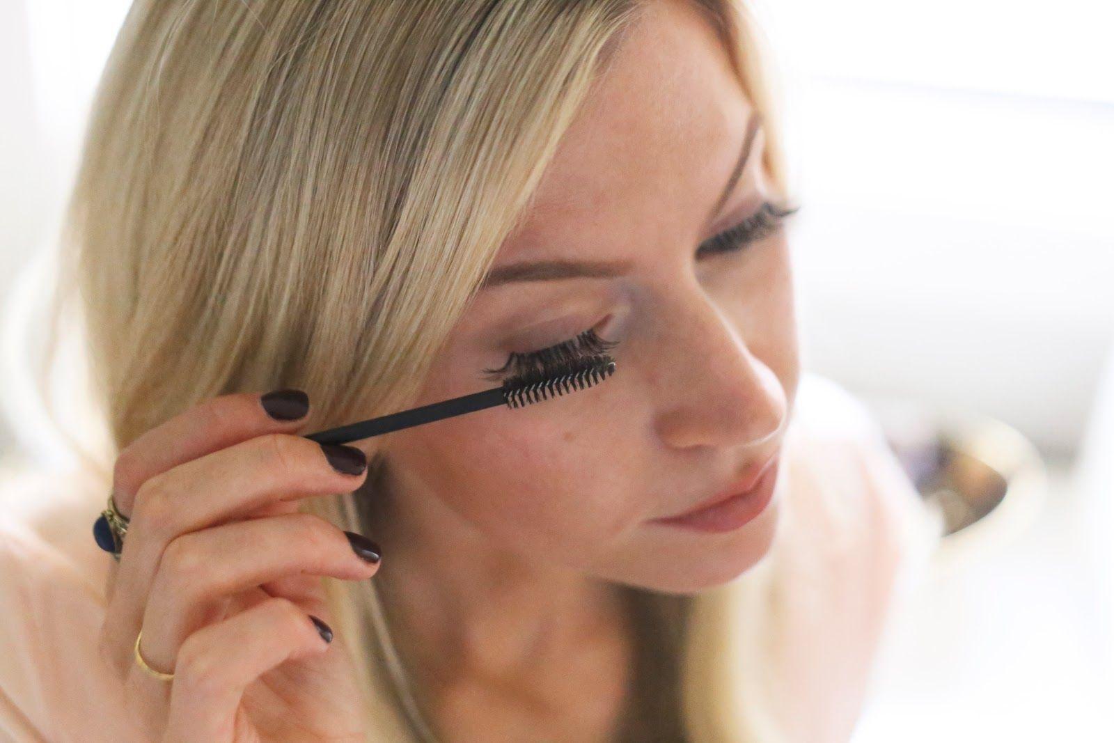 HOW TO APPLY EYELASH EXTENSIONS YOURSELF Fake eyelashes