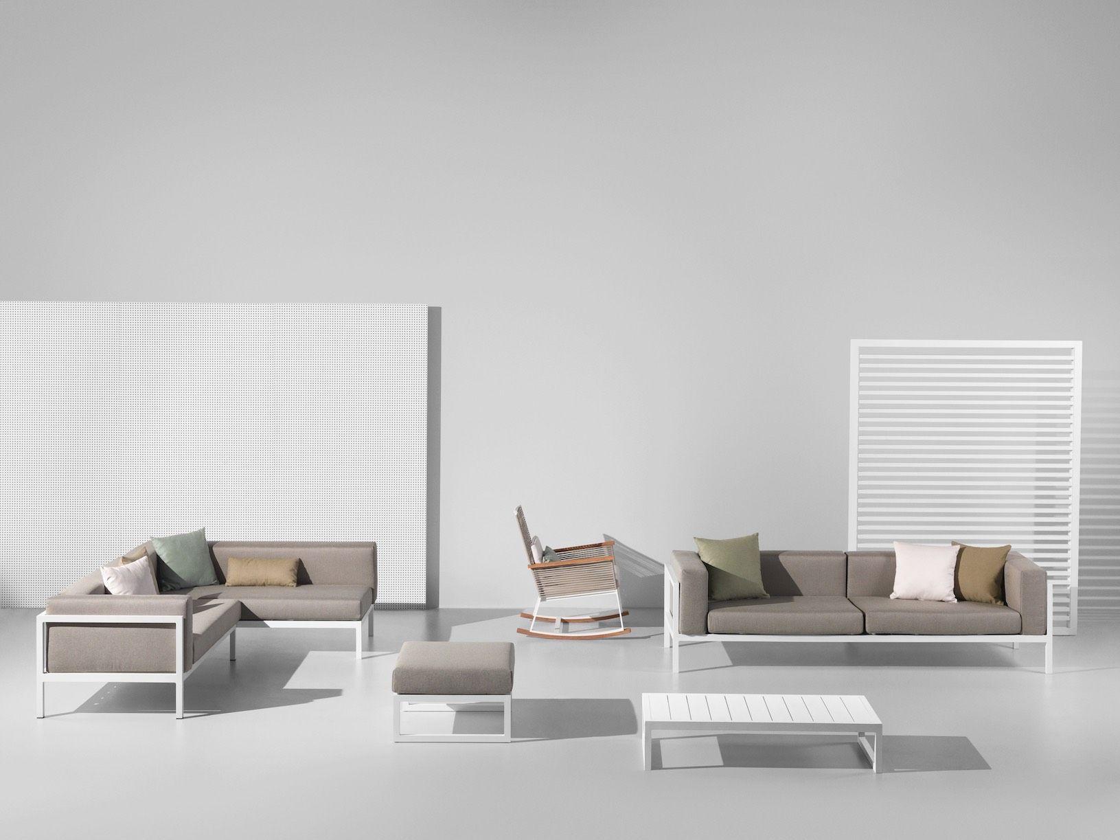 Landscape modular sofa by Kettal