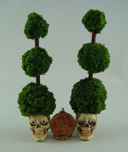 Dollhouse Miniature Halloween Pair of Skull Topiarys for Goth Witch Garden | eBay