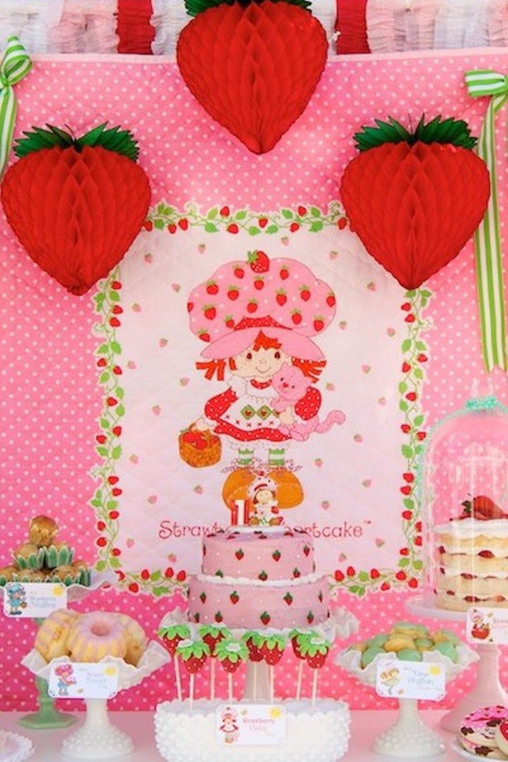Photo of This Vintage Strawberry Shortcake Birthday Party Is Everything