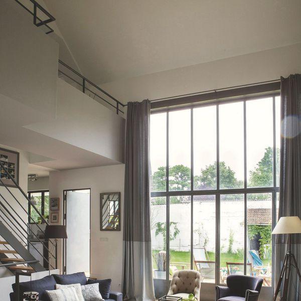 agencement salon moderne 10 d co inspirantes rideaux. Black Bedroom Furniture Sets. Home Design Ideas