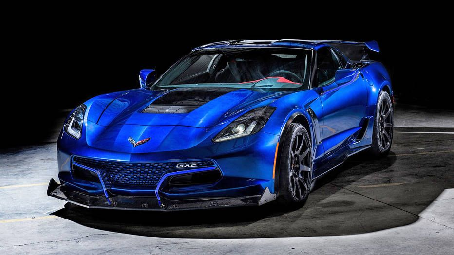 The Genovation GXE is an electric Corvette with 800 hp and