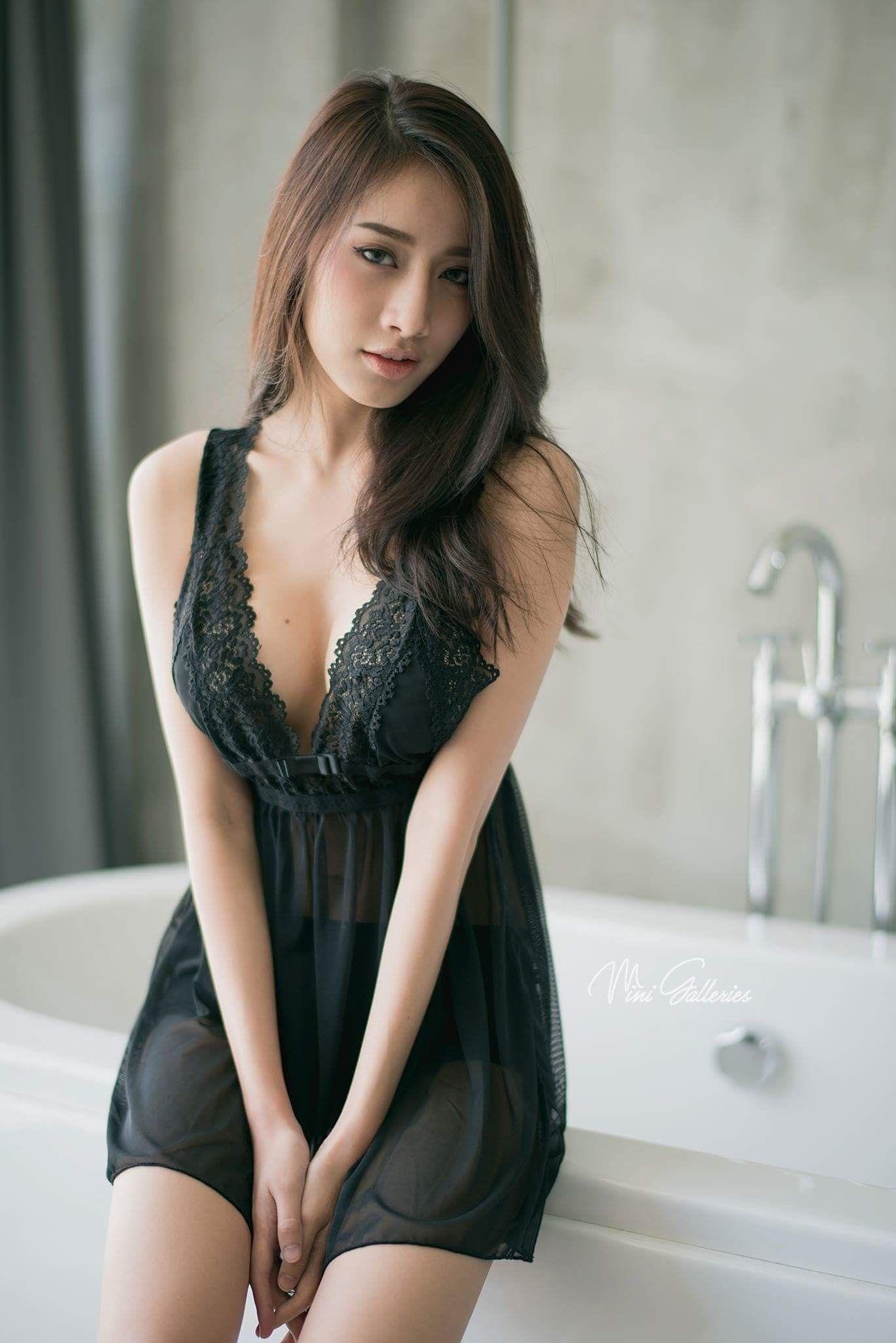 498affa60488 Pichana Yoosuk   Feminine Flair di 2019   Formal dresses, Lingerie ...