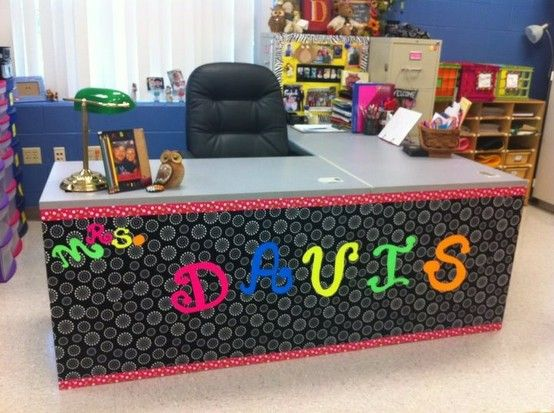 Make An Ugly Desk A Cute One Just Using A Few Things Classroom