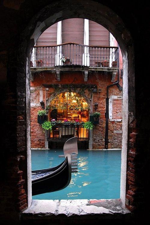 Bluepueblo Canal Portal Venice Italy Photo Via Besttravelphotos Beautiful Places The Places Youll Go Places