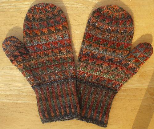 Ravelry: PatsKnitting's Handspun Sawtooth Mittens