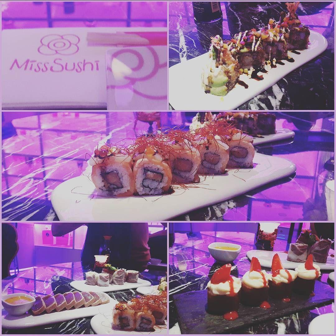 Cenando como misses en Miss Sushi!!! @erikputzbach #misssushi #restaurante #Barcelona #japo #japones #maki #sushi #tataki #atun #toro #creatividad by alexandrarcori