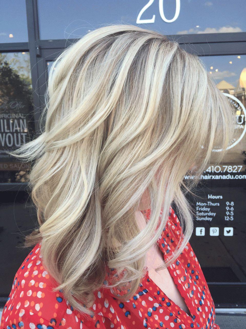Beyaz-Sarı Işıltılı Saç Stili