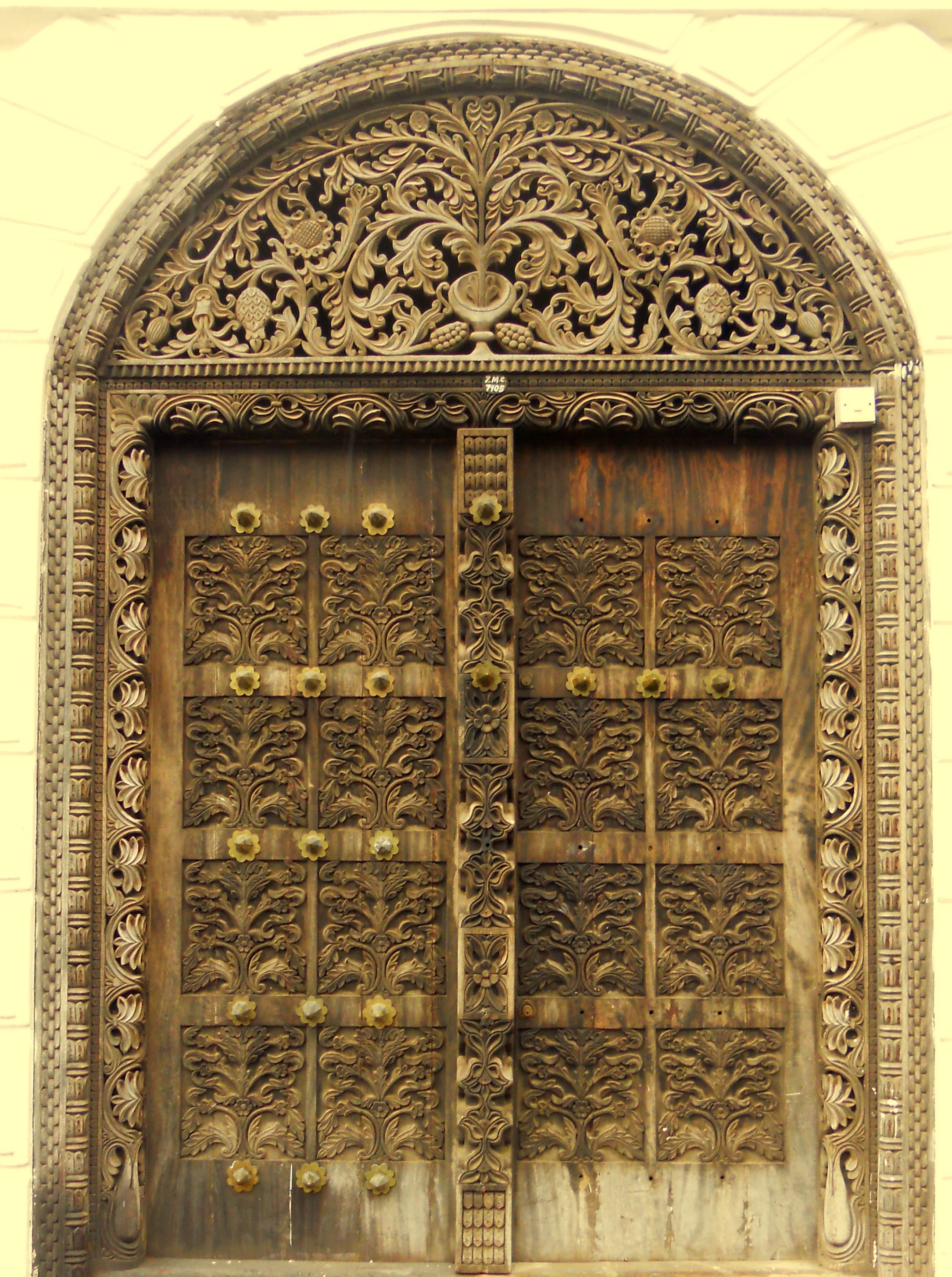 Swahili Carved Door In Zanzibar Doors Amp Windows Myo