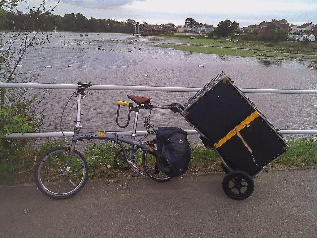 Travoy Hauling On Folding Bike Burley Bike Travoy Bike Trailer
