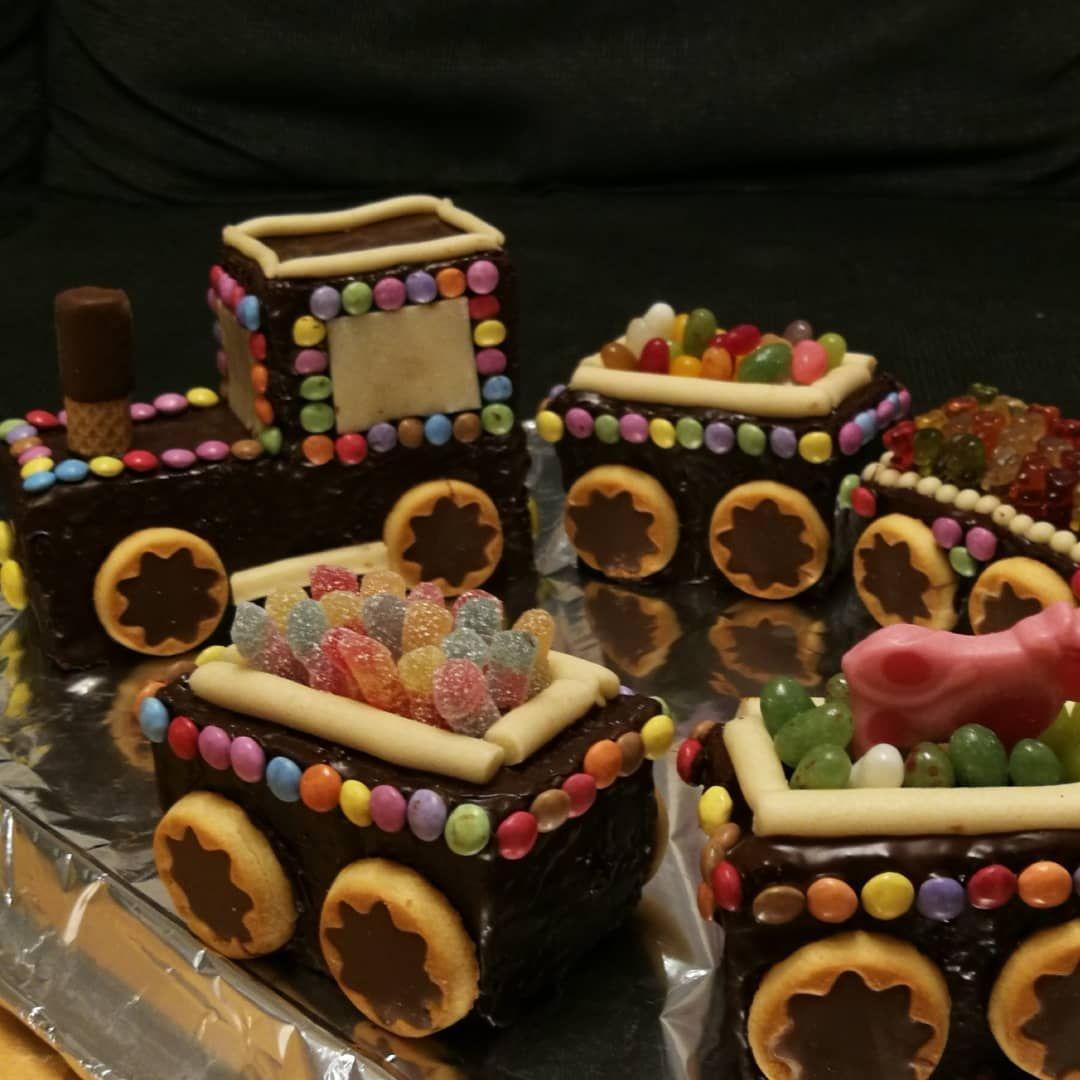 Kuchen Zug Kindergeburtstag Train Birthdaycake Mit Bildern