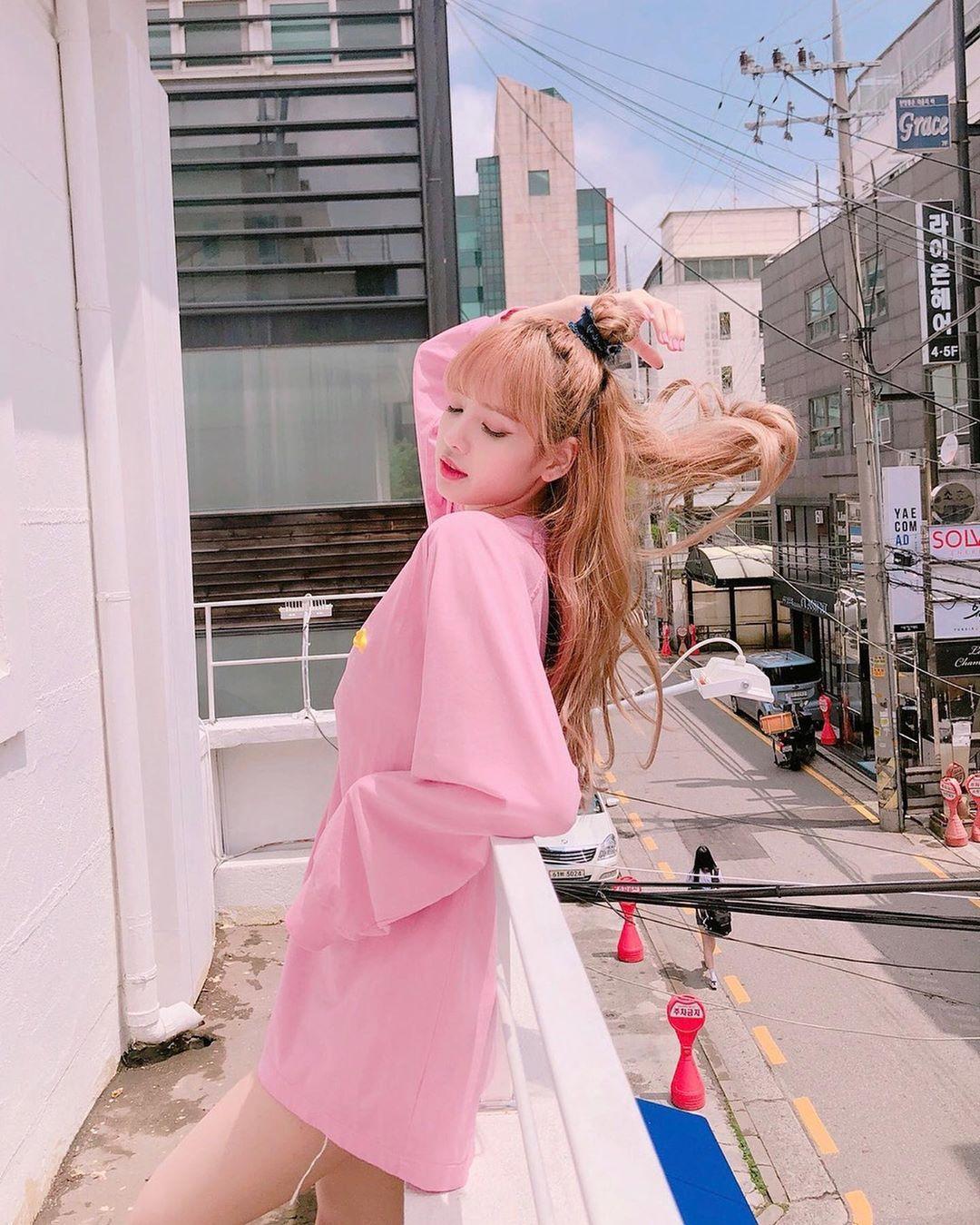 "BLACKPINK (리사) on Instagram ""PINK 💓💕"" in 2020 Cute"