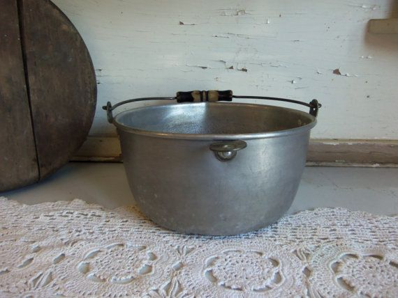 Vintage Metal Pot with Wire and Wood Handle Rustic Primitive  B777