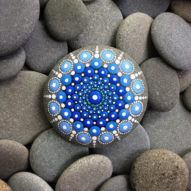 Dotted mandala stones reveal artist's vibrant life is part of Stone art, Stone painting, Mandala stones, Pebble painting, Rock art, Painted rocks - For Australian painter Elspeth Mclean, creating art and practicing meditation are one and the same