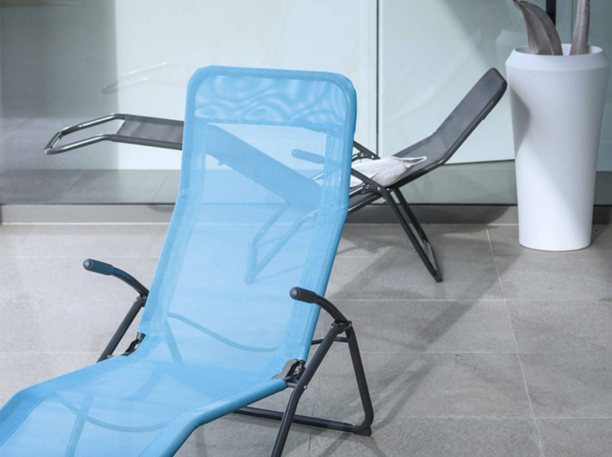 40 Chaises Longues Et Transats Pour Un Ete Relax Avec Images