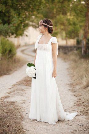 ANGELA & OLIVER: BODA AL ATARDECER  Siempre me han gustado las bodas de tarde, creo que al atardecer hay un momento en el que se crea un halo especial en el ambiente... Más en http://www.unabodaoriginal.es/blog