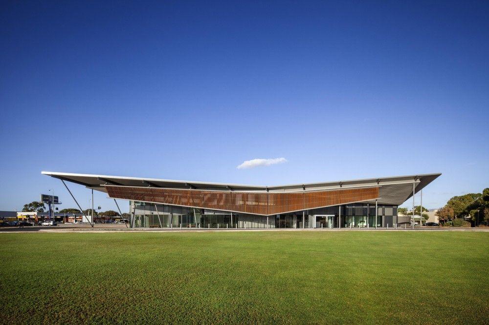 Thebarton Community Centre / MPH Architects