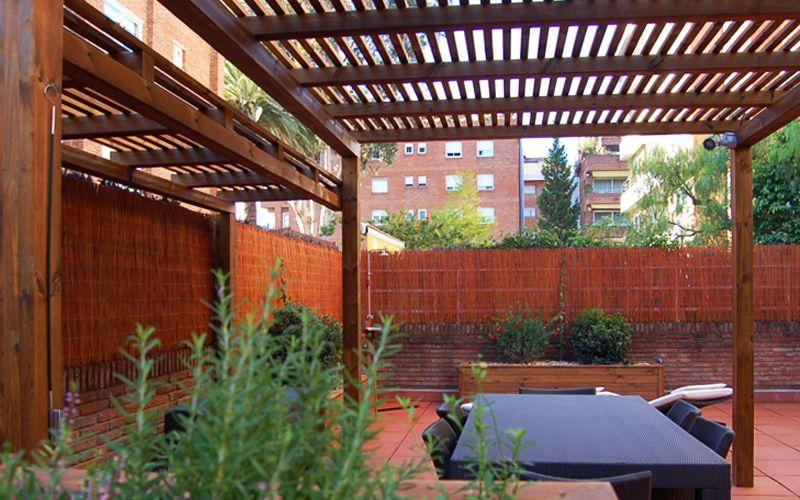 Pin de mike anaya en pergolas pinterest madera jard n - Pergolas de madera para terrazas ...