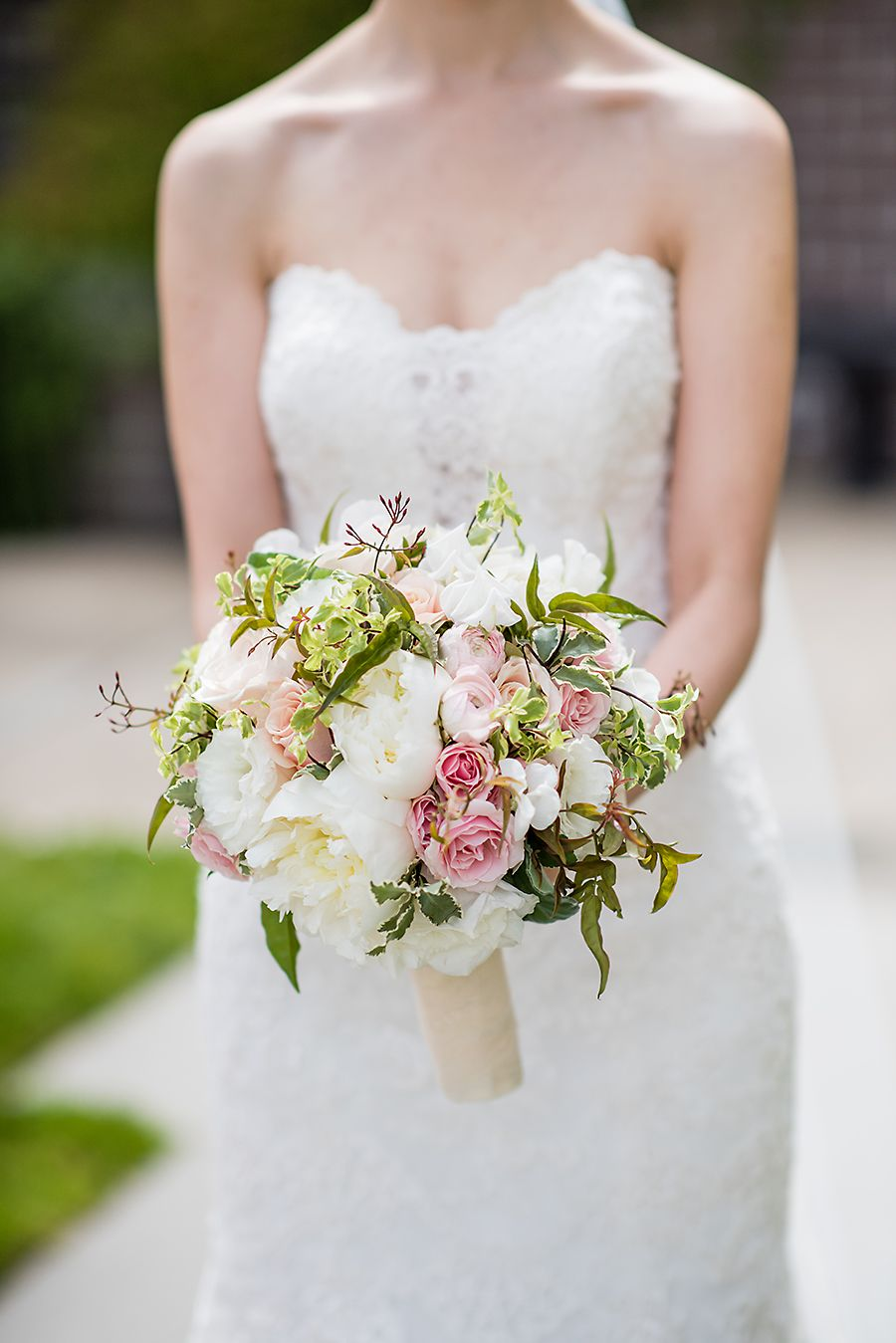 Classic creamy white pink rose jasmine vine green bridal classic creamy white pink rose jasmine vine green bridal bouquet bride izmirmasajfo
