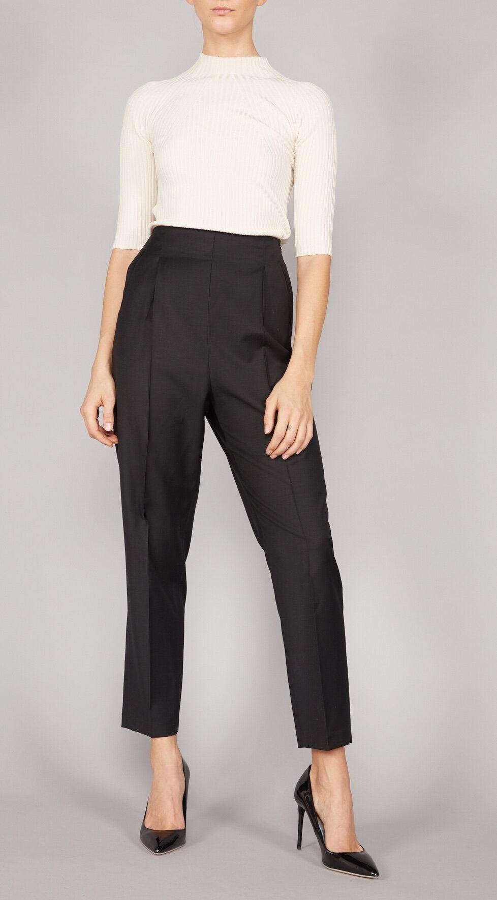 Photo of BUTIKK – mote – klær – butikk – damer – klær – mote – dame