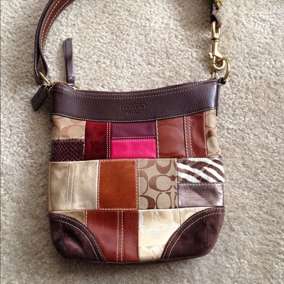 Authentic Coach Patchwork Bag Shoulder With Design The Handle Is Leather Gold Accents Inside Has Brown Label