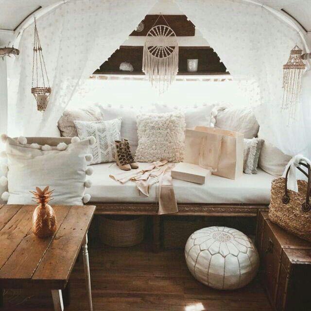 pin von ana auf pinterest campingbus einrichtung und wohnwagen. Black Bedroom Furniture Sets. Home Design Ideas