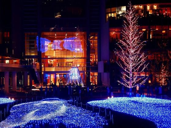 decorating front yard water fountains sears christmas lights decorated christmas trees 2014 560x420 christmas outside decoration ideas how to landscape your - Sears Outdoor Christmas Decorations