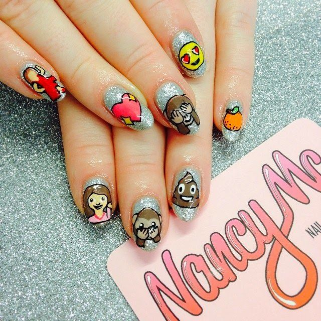 Emoji Nail Art manicure | Nails<3 | Pinterest | Diseños de uñas ...