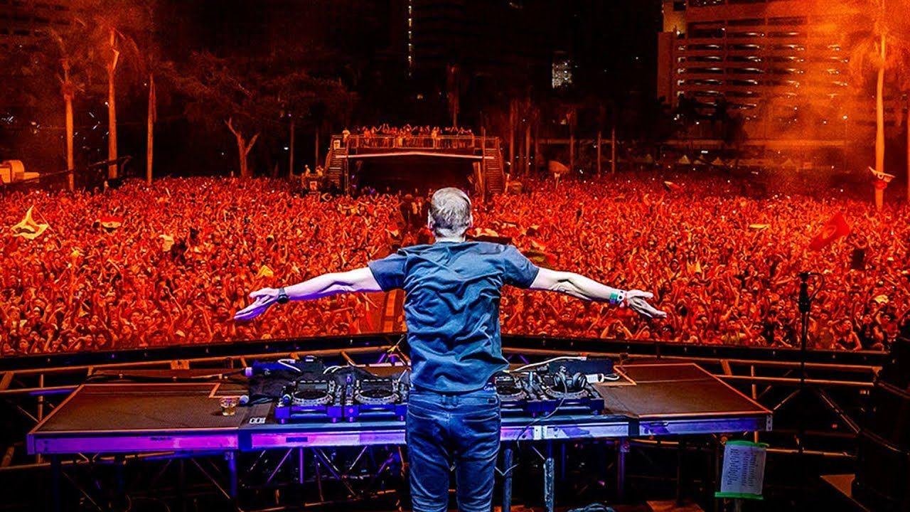Armin Van Buuren Live At Ultra Music Festival Miami 2018 With