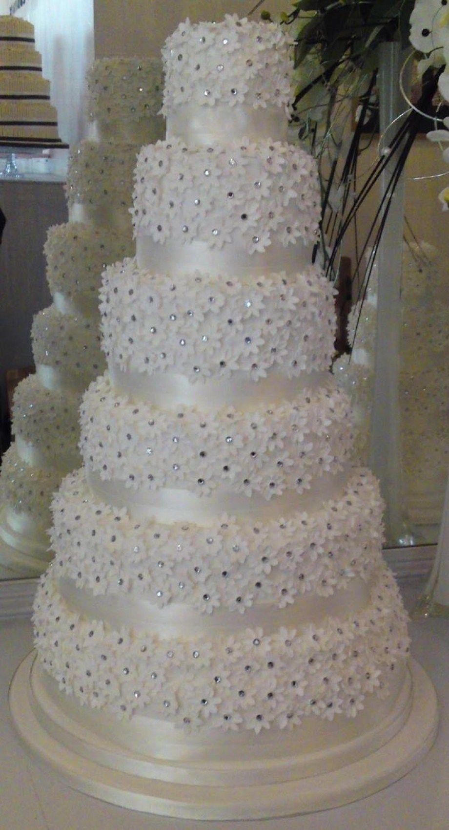 Best 25 Diamond Wedding Cakes Ideas On Pinterest Pastel