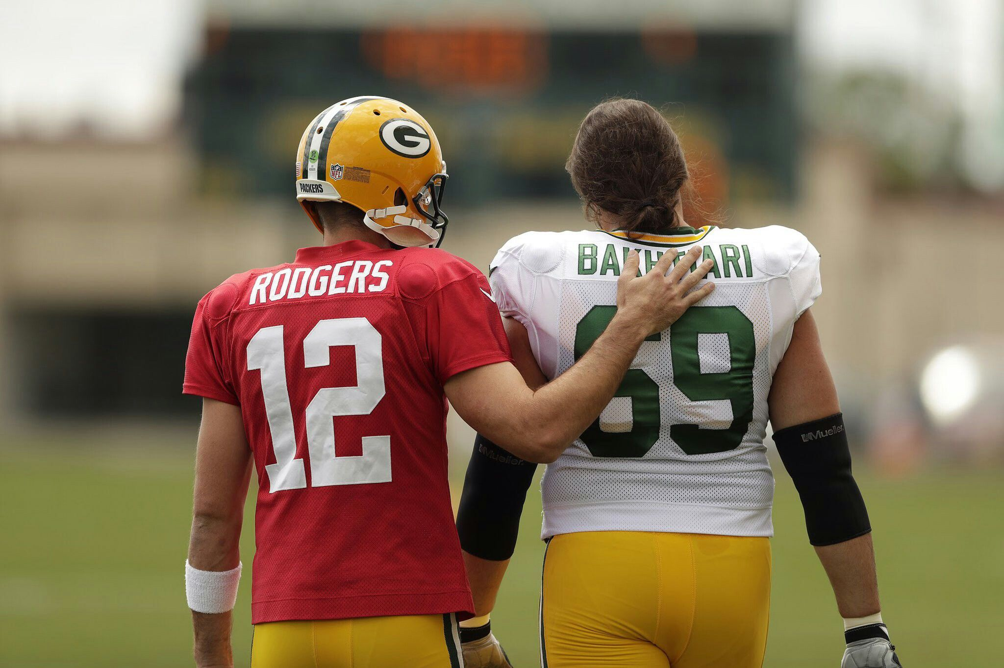 Aaron Rodgers And David Bakhtiari Green Bay Packers Rodgers Packers New York Giants