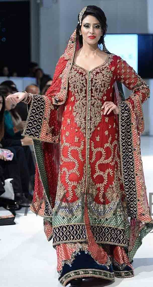 b60589b40055 Pakistani Bridal Dresses In Red And Gold Colors 2019