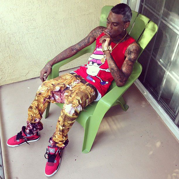 Soulja Boy wearing Air Jordan IV 4 Retro Toro  5bcd713da