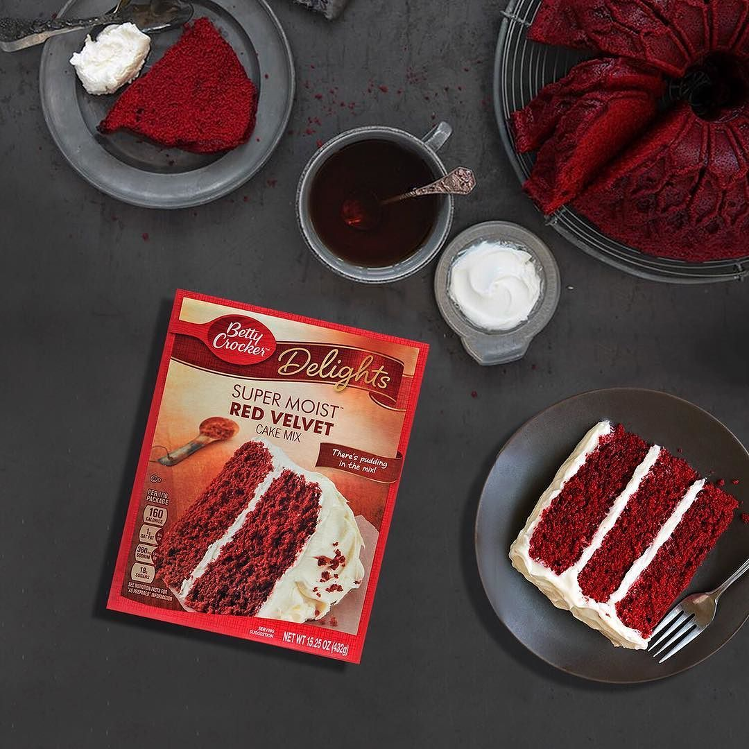 بيتي كروكر منتج أمريكي مزيج كيك رد فلفت متوفر في سيفكو Betty Crocker Delights Made In America Super Mois Red Velvet Cake Mix Red Velvet Cake Cake Mix