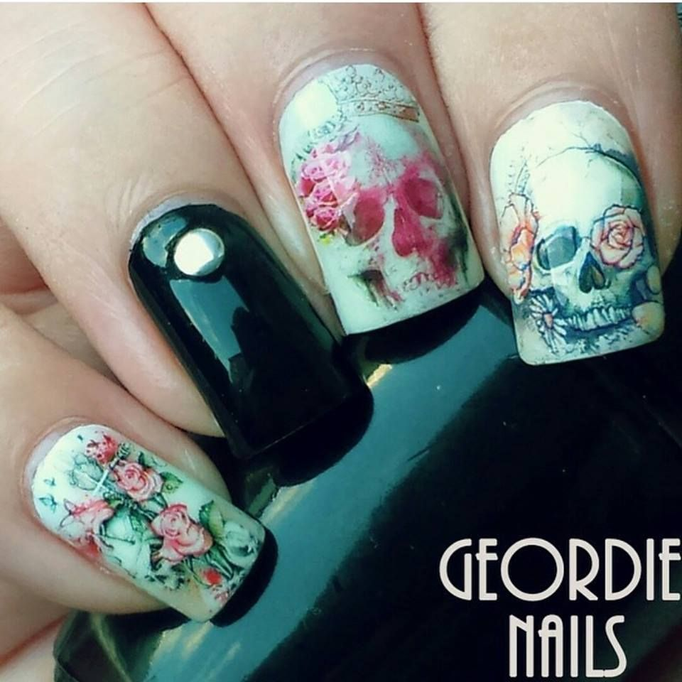 Flower skull water decal nail wraps | Nageldesign, Nagelschere und ...