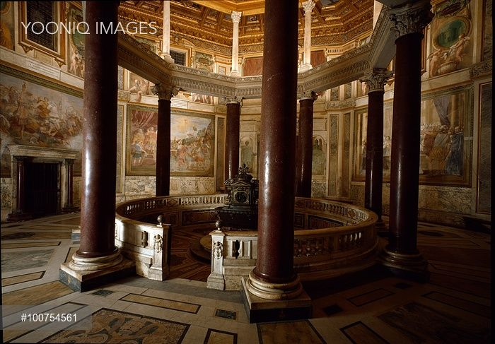 Yooniq images - Interior of the Lateran Baptistery, Rome, Italy