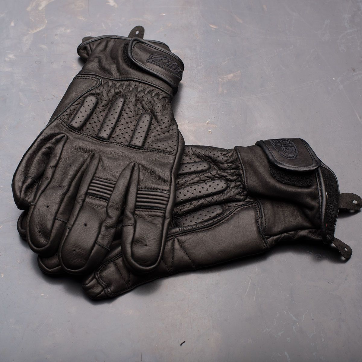 Triumph motorcycle leather gloves - Roland Sands Design Barfly Leather Motorcycle Gloves