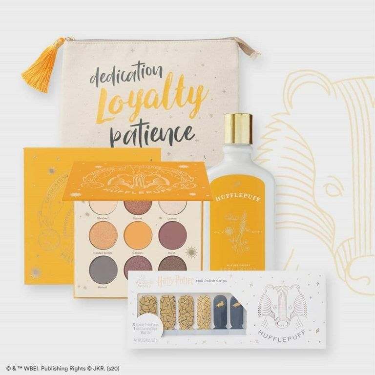 Ulta Beauty Has Released A Magical Harry Potter Collection Chip And Company Harry Potter Nails Harry Potter Collection Harry Potter Makeup