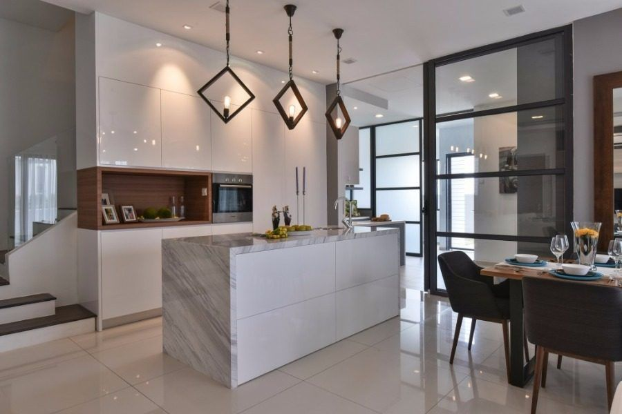 14 Practical Wet And Dry Kitchens In Malaysia In 2020 Kitchen Remodel Design Closed Kitchen Design Kitchen Design Small Space