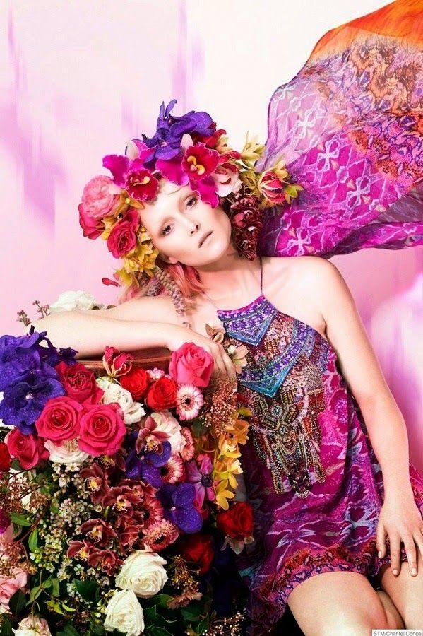 Fantasy Fashion Design: Amy Finlayson,  posa  rodeada de flores  para  Sun...
