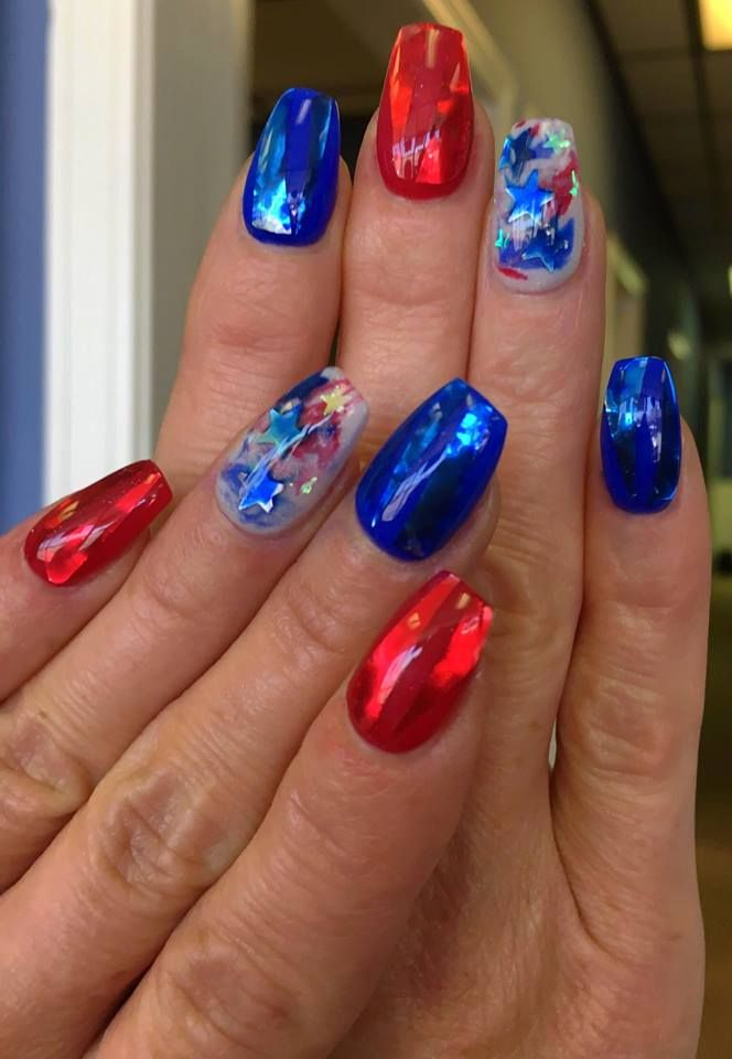 50 Kickass 4th July Nail Art Ideas To Help You Show Off Your Patriotic Spirit With Images Patriotic Nails July 4th Nails Designs July Nails