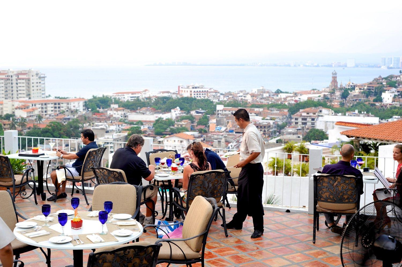 Puerto Vallarta Restaurants - Vista Grill www.vallartavisitors.com